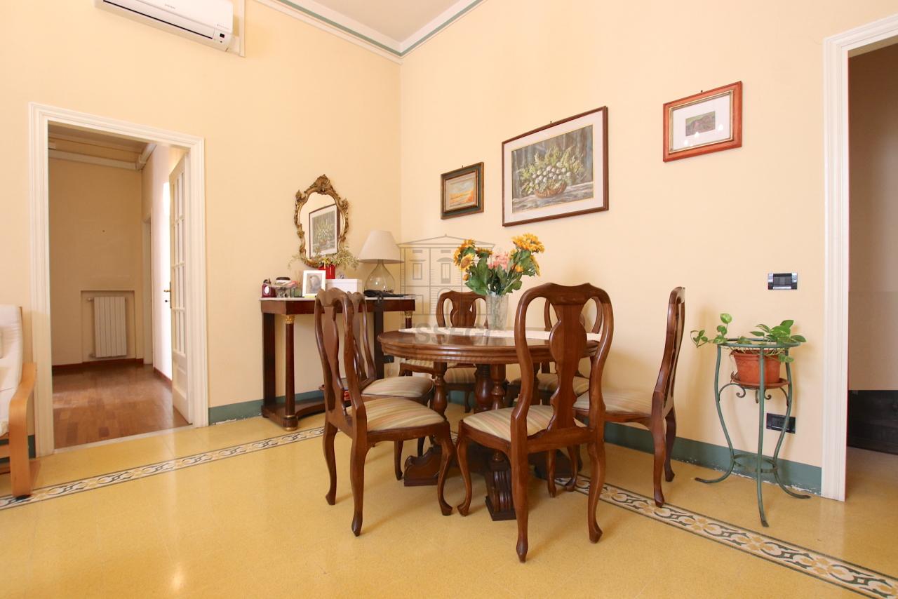 Appartamento Lucca Centro storico IA03526 img 4