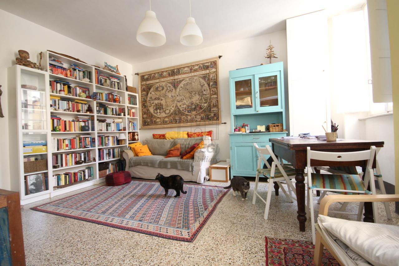 Appartamento Lucca Centro storico IA00610 img 8