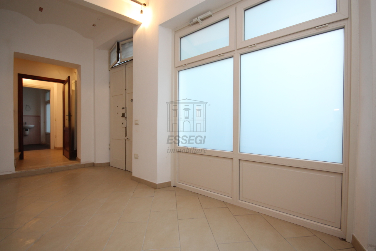 Appartamento Lucca Centro storico IA03397-bis img 8