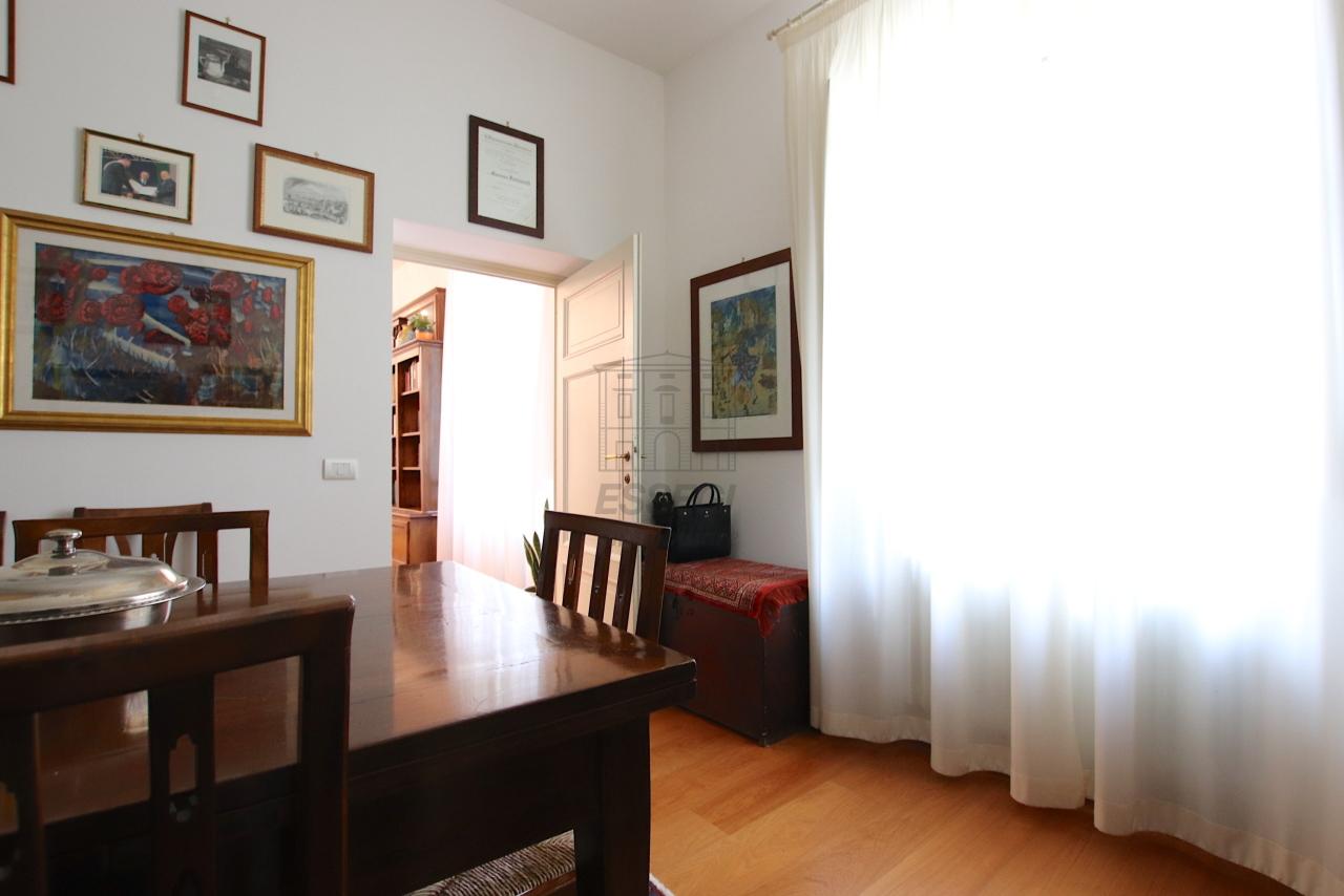 Appartamento Lucca Centro storico IA03474 img 37