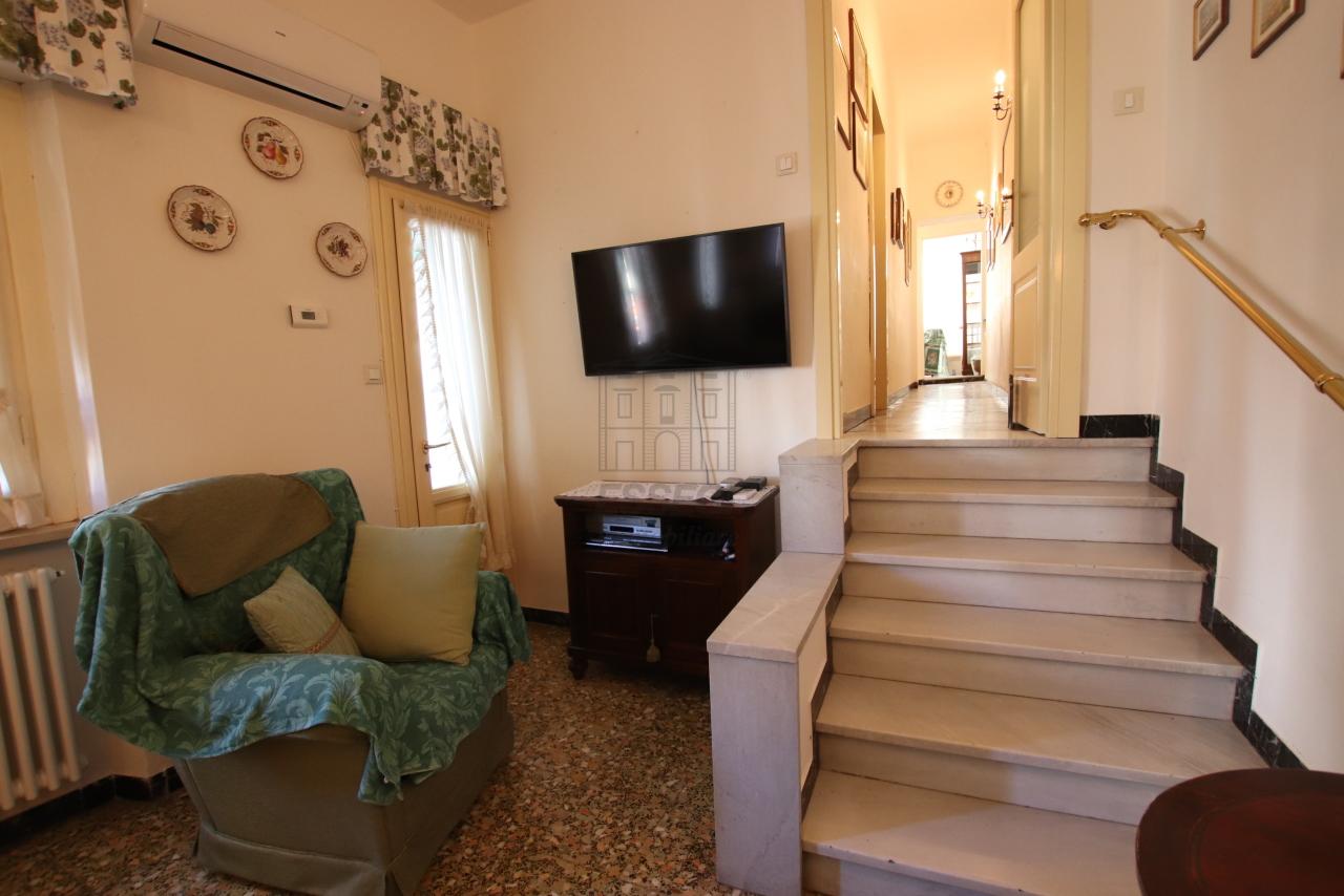 Appartamento Lucca Centro storico IA03499 img 6