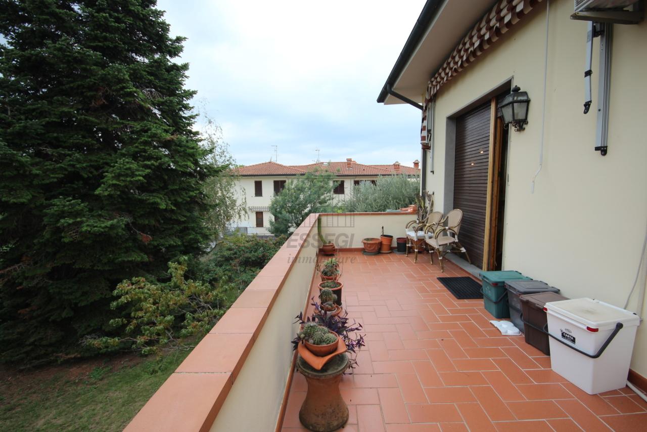 Villa divisa in due unità Lucca S. Cassiano a Vico IA03434 img 6