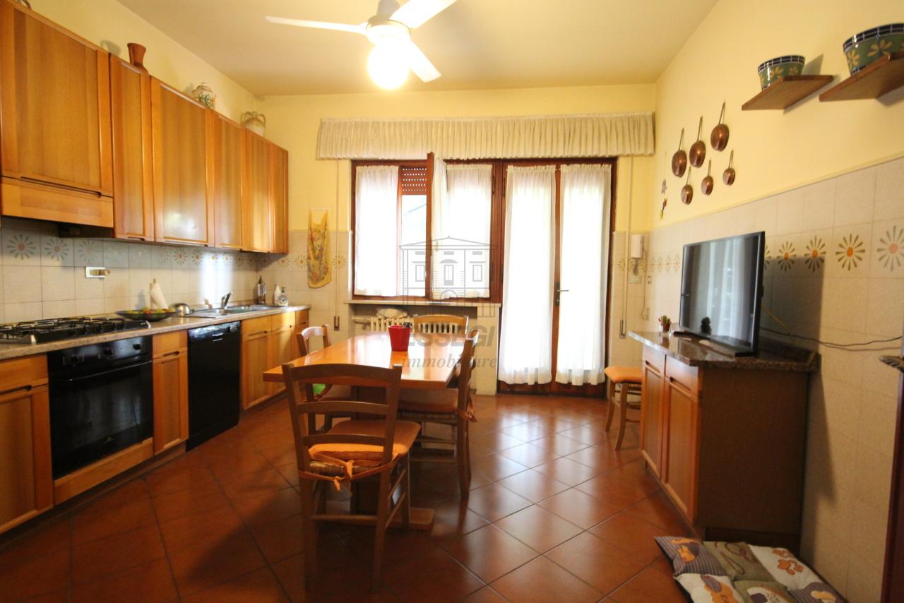 Villa divisa in due unità Capannori Lunata IA01745 img 11