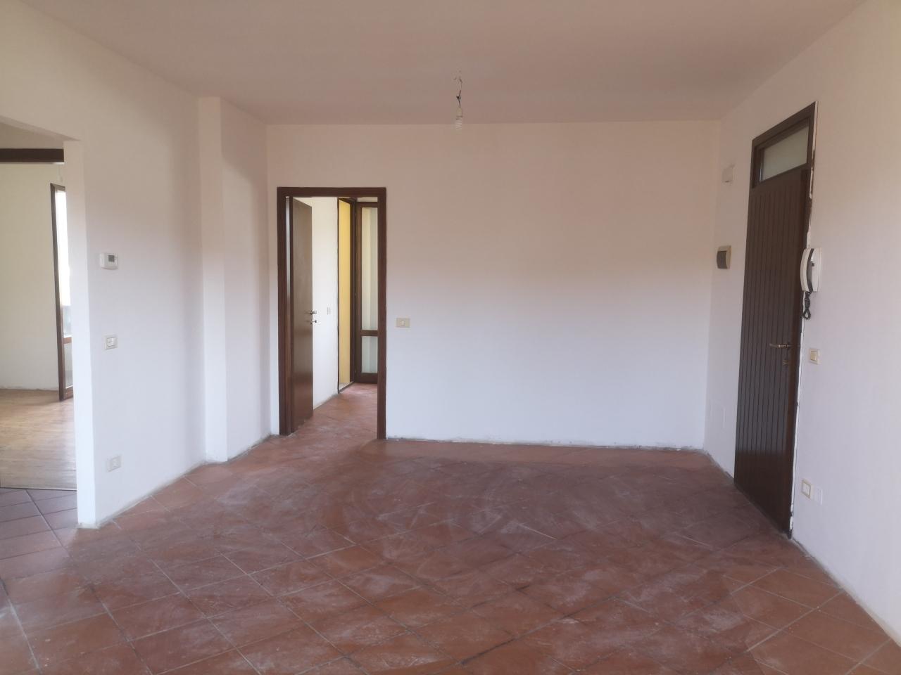 Appartamento in vendita a Rufina, 4 locali, prezzo € 137.000 | PortaleAgenzieImmobiliari.it