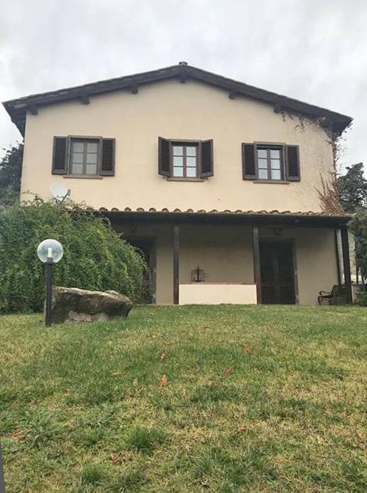 Rustico / Casale in buone condizioni in vendita Rif. 11615756