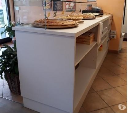 Pizza a Taglio a Pt Ovest, Pistoia Rif. 8921030
