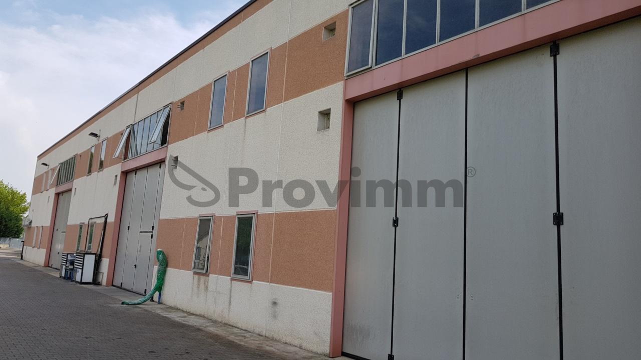 Capannone con uffici a Forlì Rif. 10547102