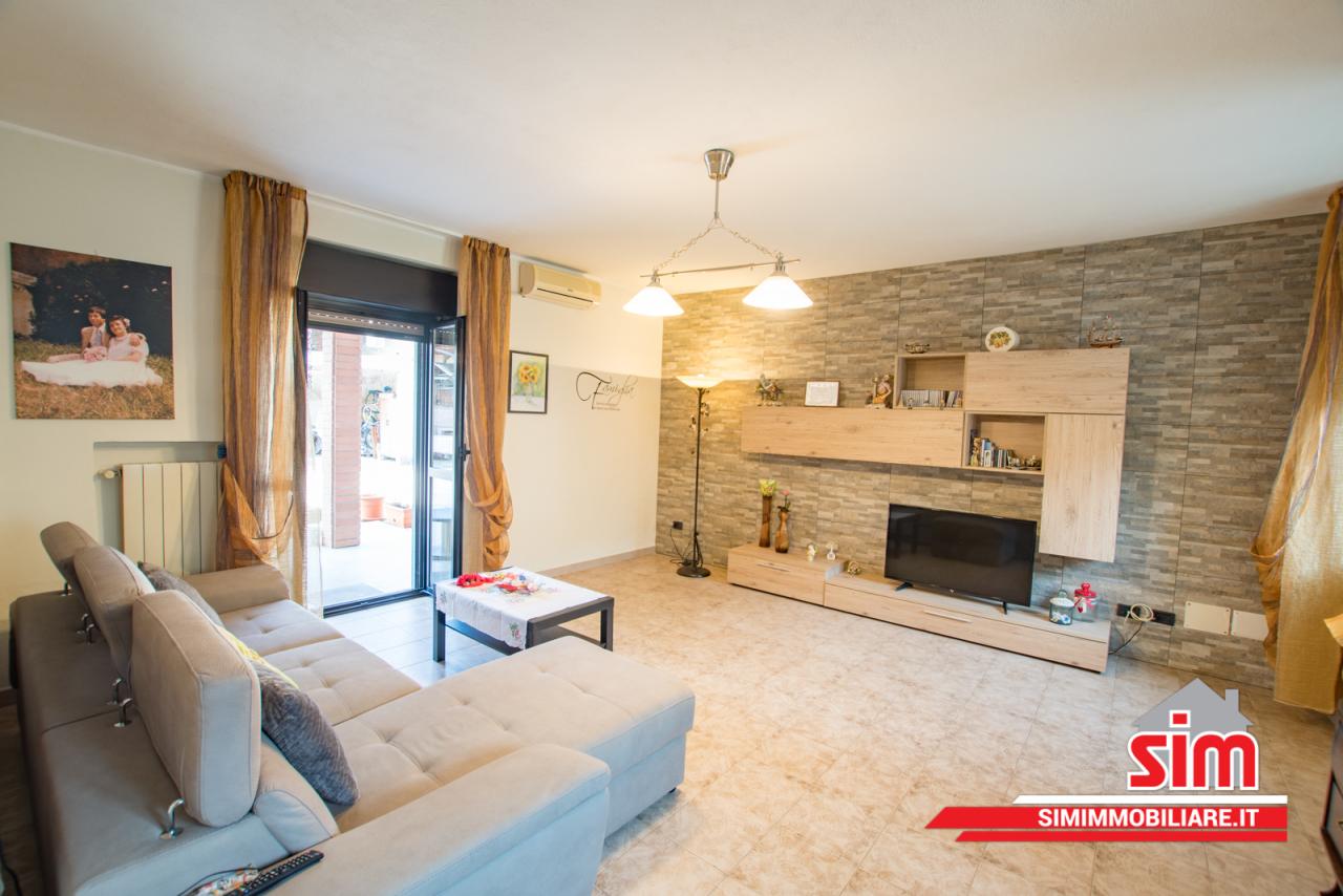 Porzione di casa in buone condizioni in vendita Rif. 5801251