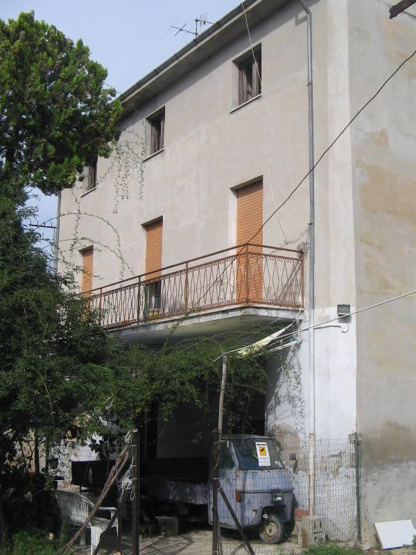 Casa indipendente - Casa da ristrutturare a C.da Brecciarola, Orsogna