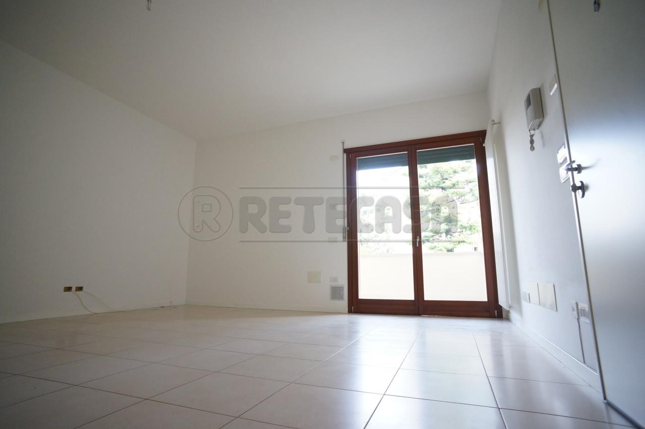 Appartamento in vendita a Sandrigo, 9999 locali, prezzo € 95.000 | CambioCasa.it