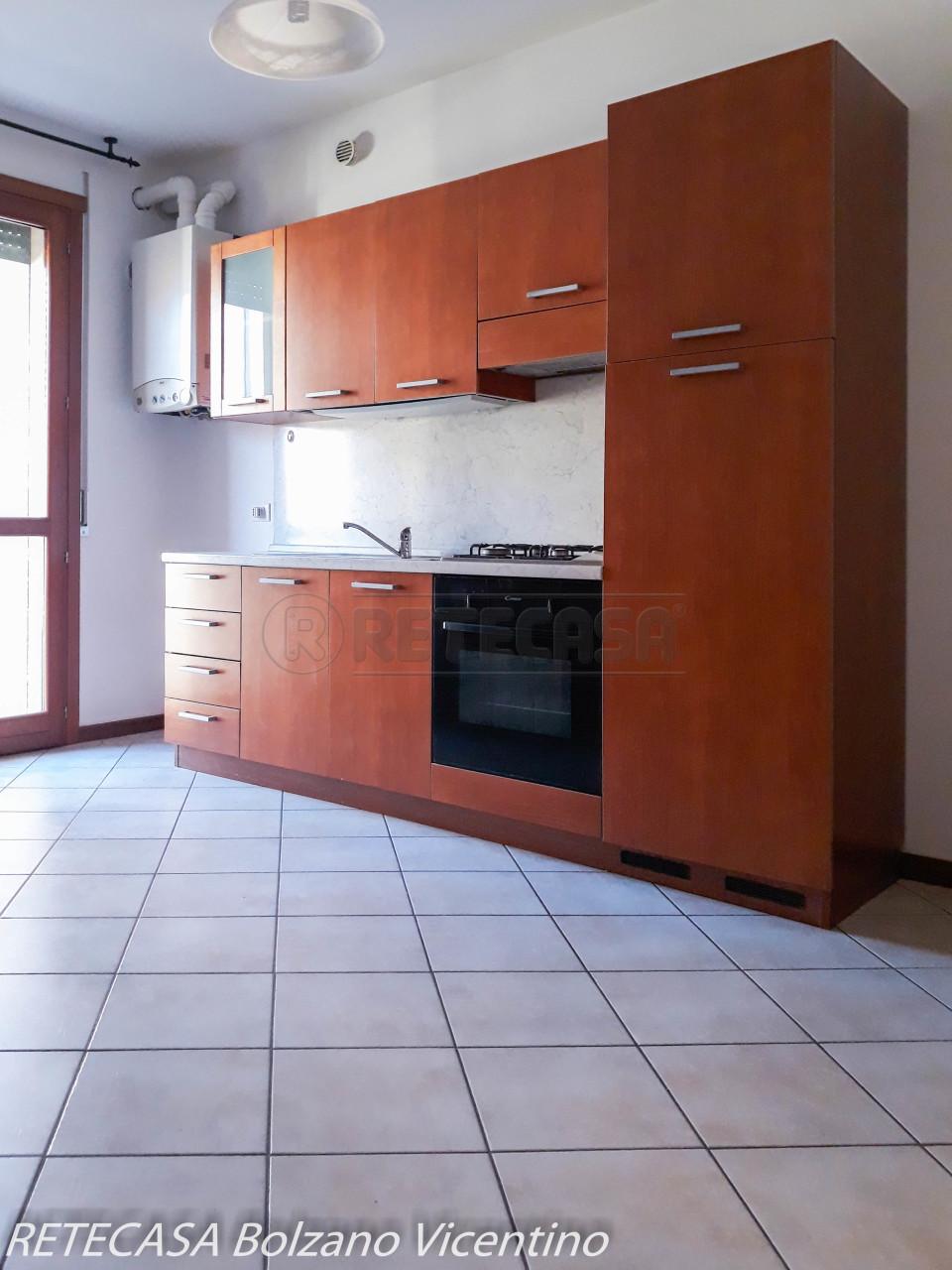 Appartamento in affitto a Bressanvido, 4 locali, prezzo € 450 | CambioCasa.it