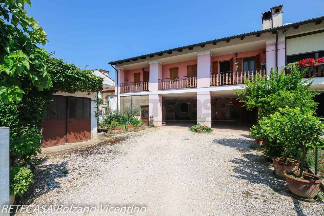Soluzione Semindipendente in vendita a Bolzano Vicentino, 12 locali, prezzo € 160.000 | CambioCasa.it