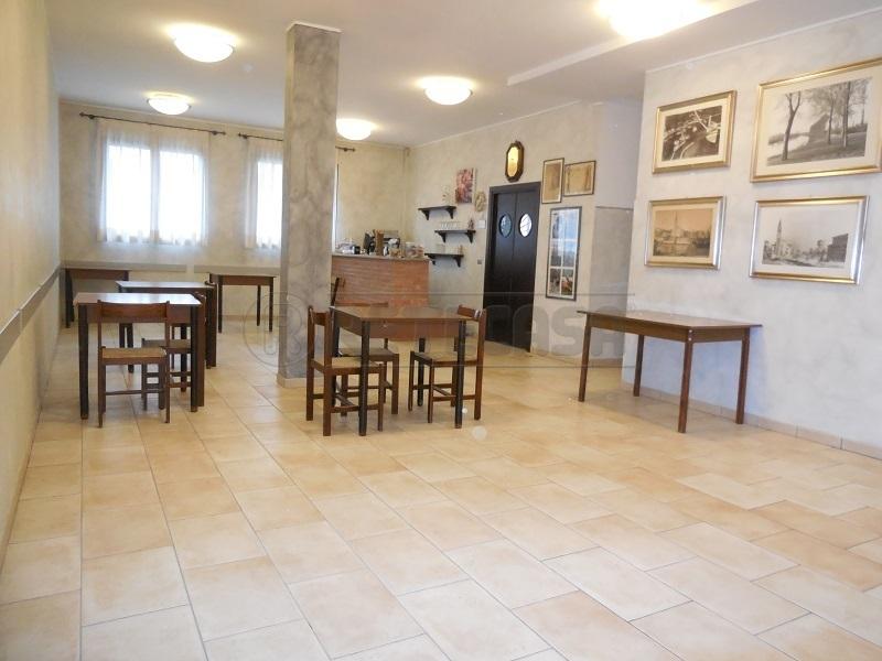 Negozio / Locale in affitto a Casale sul Sile, 6 locali, prezzo € 600 | CambioCasa.it