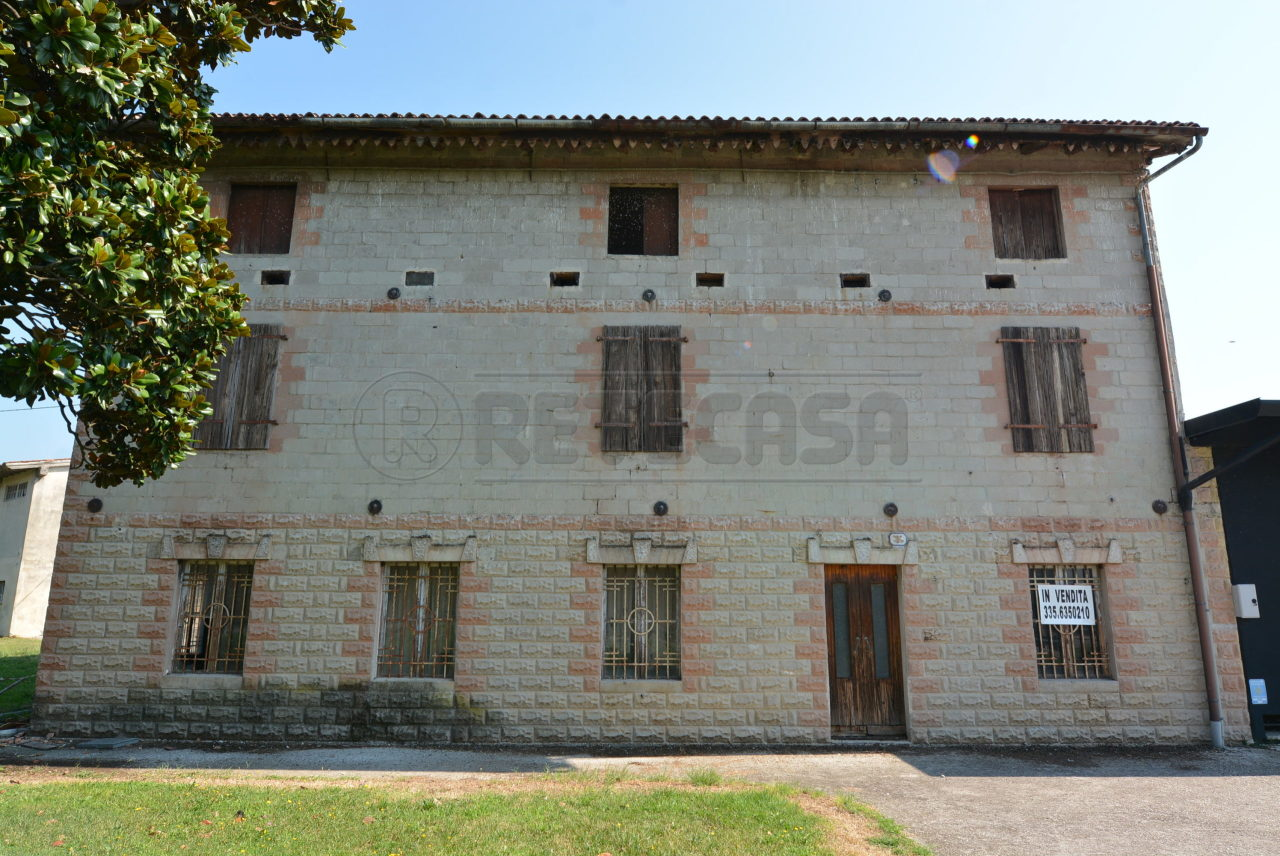 Soluzione Indipendente in vendita a Palmanova, 11 locali, prezzo € 790.000 | CambioCasa.it