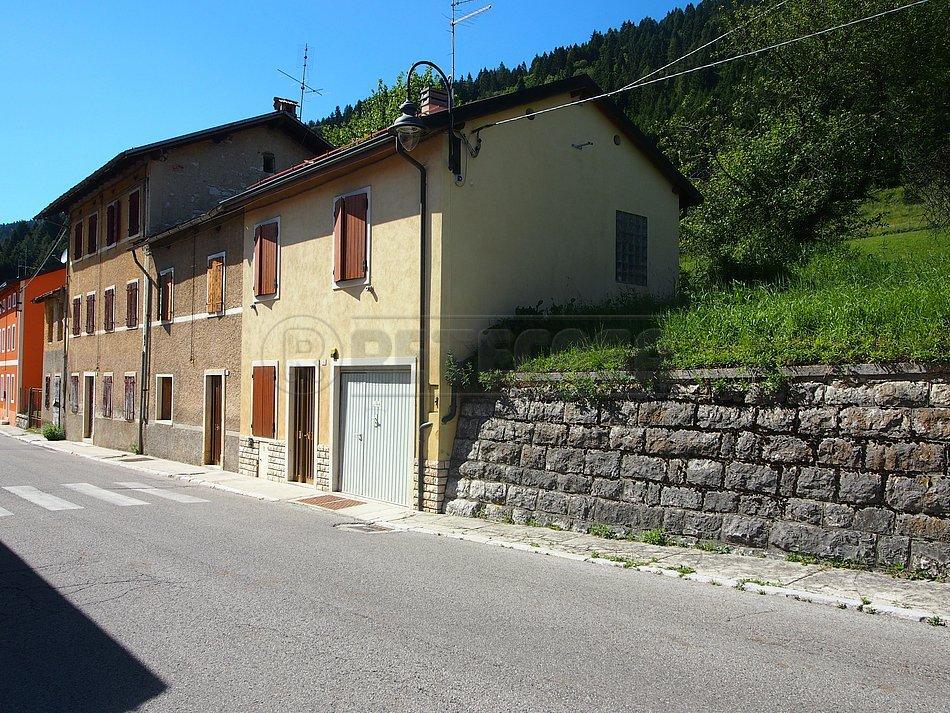 Soluzione Semindipendente in vendita a Rotzo, 4 locali, prezzo € 49.000 | CambioCasa.it