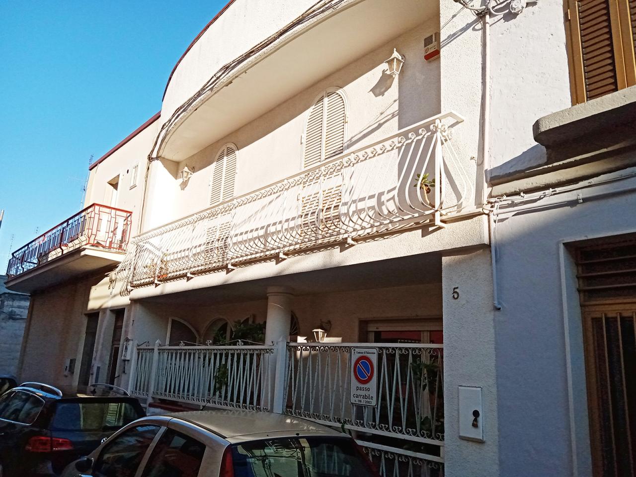 Appartamento in vendita a Valenzano, 4 locali, prezzo € 230.000   PortaleAgenzieImmobiliari.it