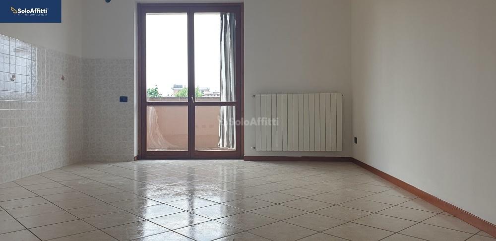 Trilocale in affitto Rif. 10231026