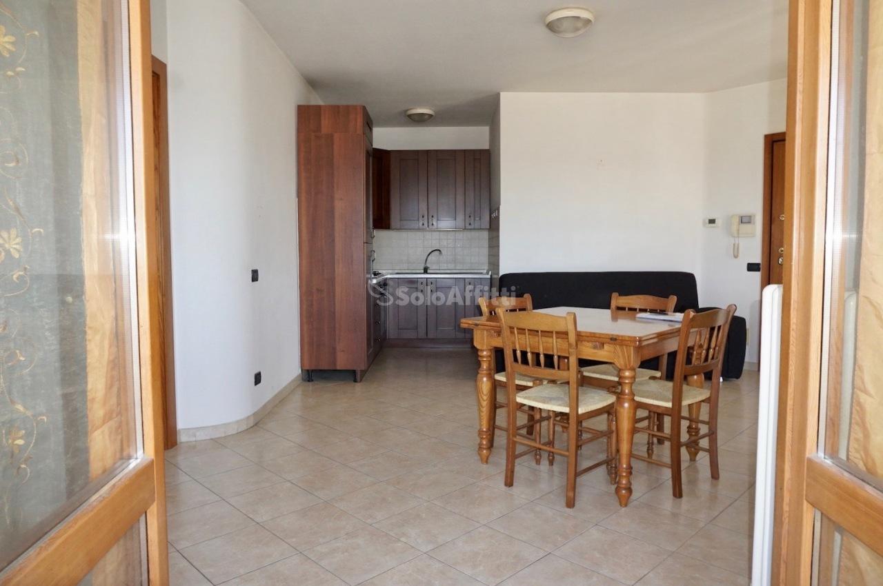 Bilocale in buone condizioni in affitto Rif. 11724205