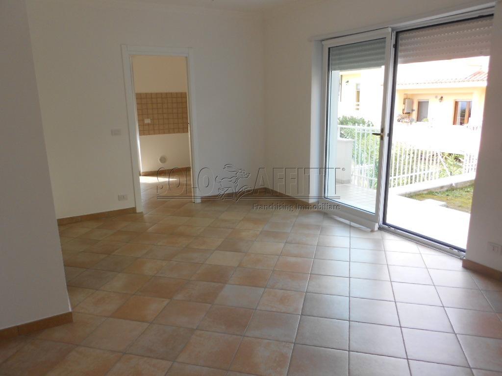 Appartamento - Quadrilocale a Via Di Sotto, Pescara