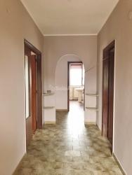 Quadrilocale in Affitto a Catanzaro, zona Sant'Elia, 330€, 140 m²