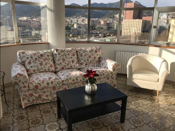 Appartamento in ottime condizioni arredato in affitto Rif. 10244661
