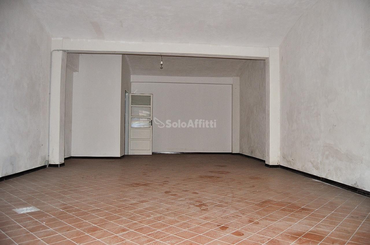 Magazzino in affitto a Settimo Torinese, 1 locali, prezzo € 360 | PortaleAgenzieImmobiliari.it