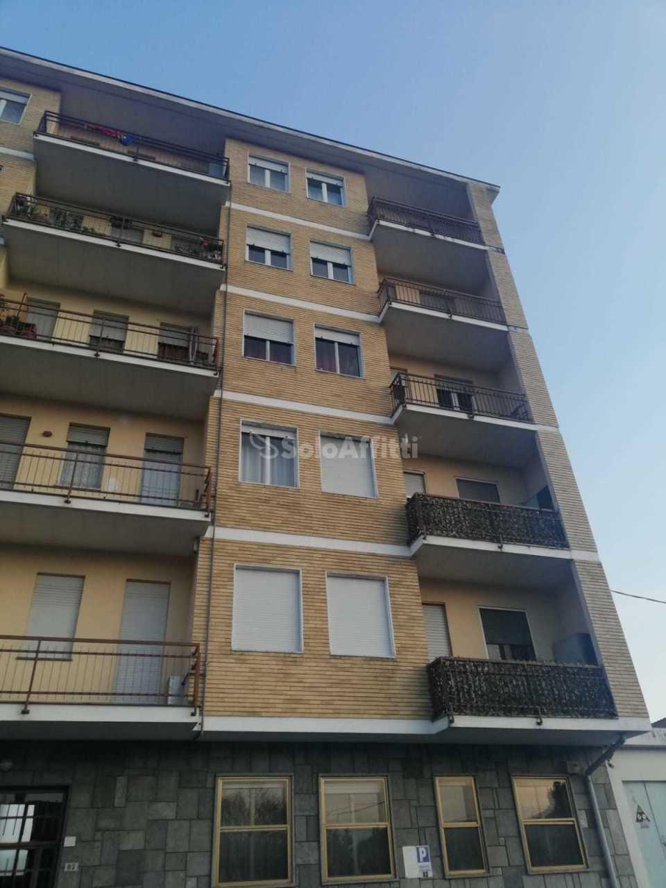 Trilocale ristrutturato in affitto Rif. 9917756