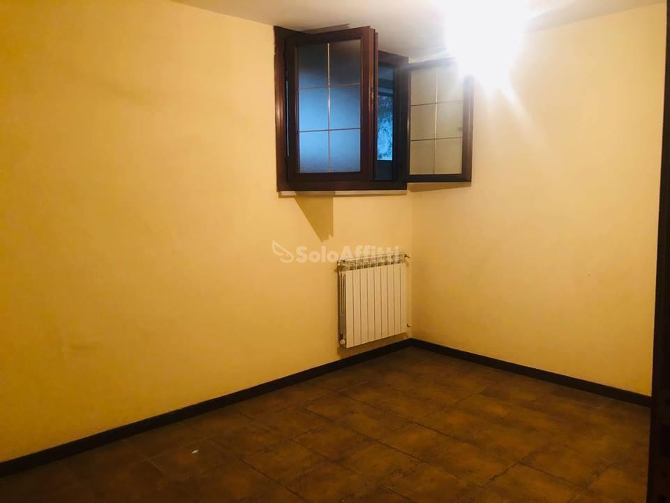 Villa in buone condizioni in affitto Rif. 9871373
