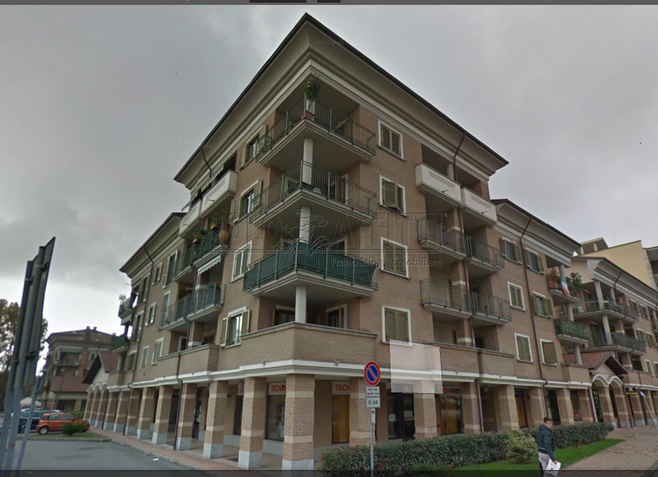 Quadrilocale in ottime condizioni in affitto Rif. 10734982