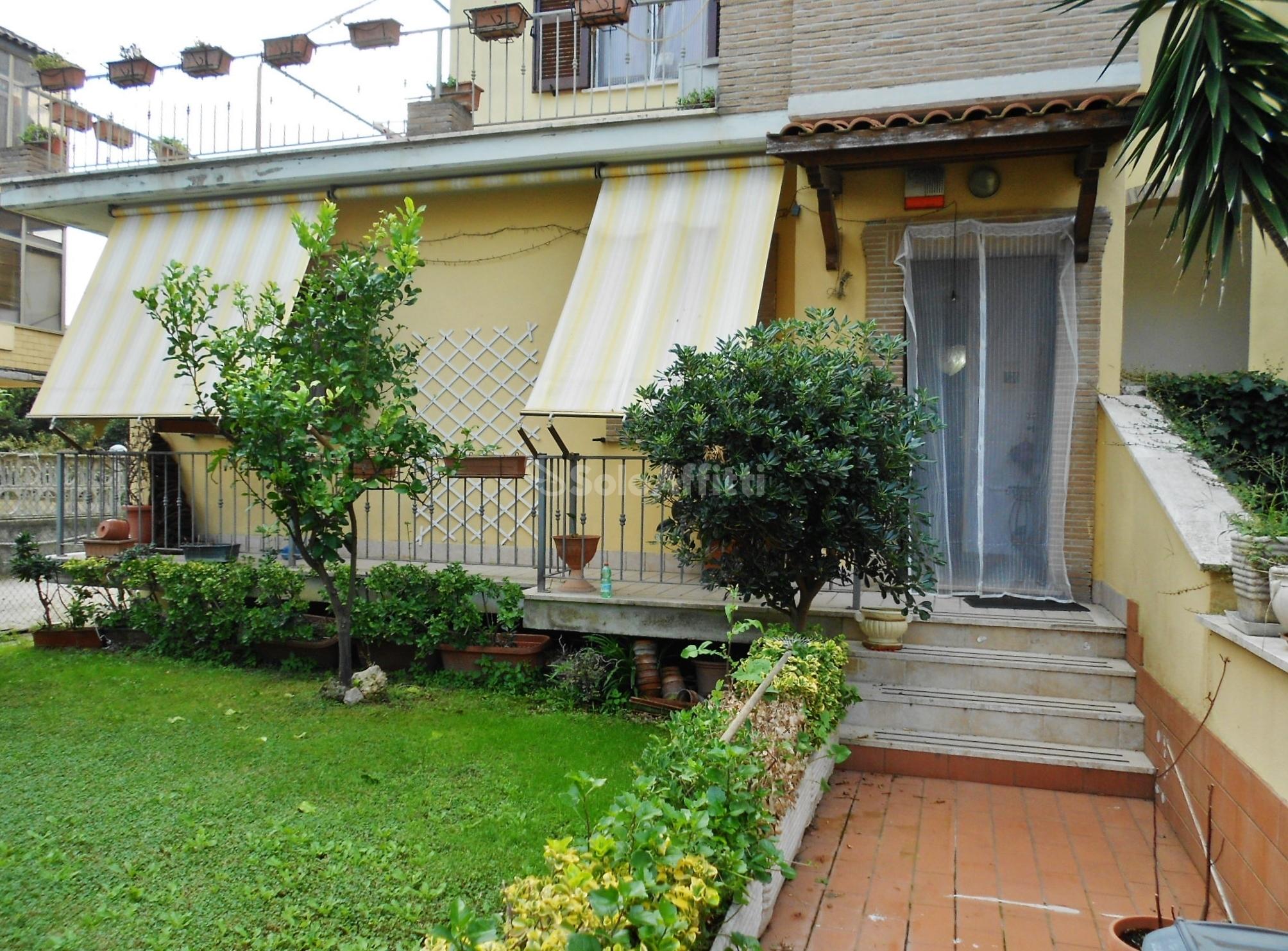 Fiumicino,Isola Sacra - appartamento in villa indi