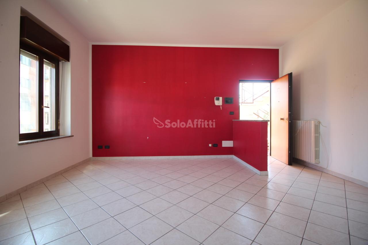 Appartamento in affitto a Ciriè, 2 locali, prezzo € 450 | PortaleAgenzieImmobiliari.it