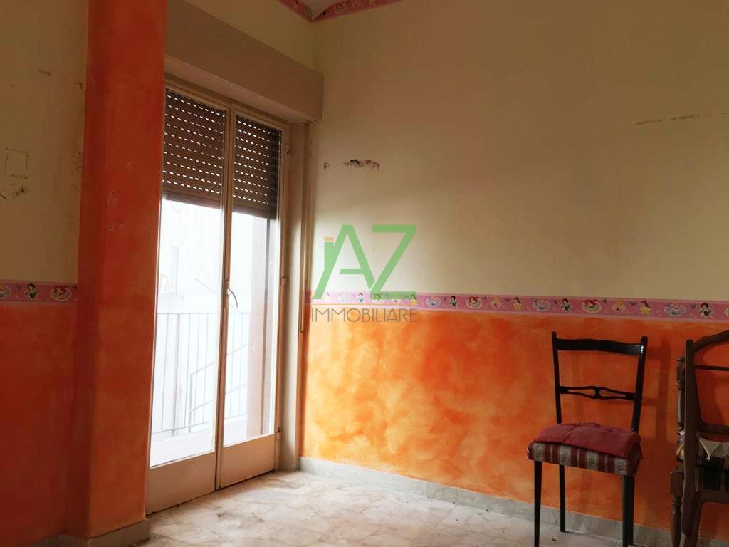 Appartamento in discrete condizioni in vendita Rif. 9992433