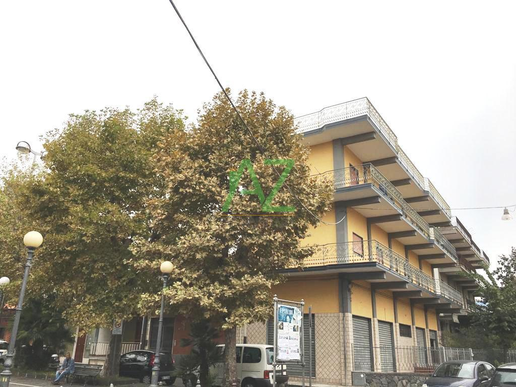 Appartamento da ristrutturare in affitto Rif. 8729936