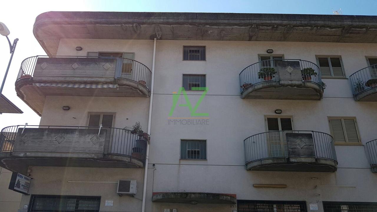 Appartamento in buone condizioni in vendita Rif. 4148957