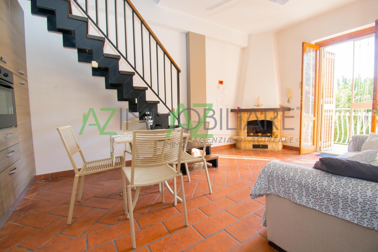 Appartamento in buone condizioni arredato in affitto Rif. 4149111