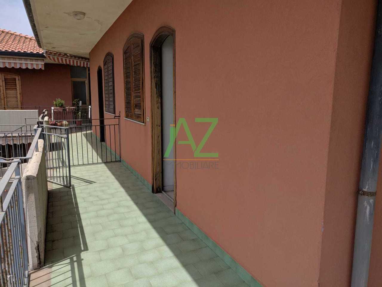 Appartamento in buone condizioni arredato in vendita Rif. 10115961