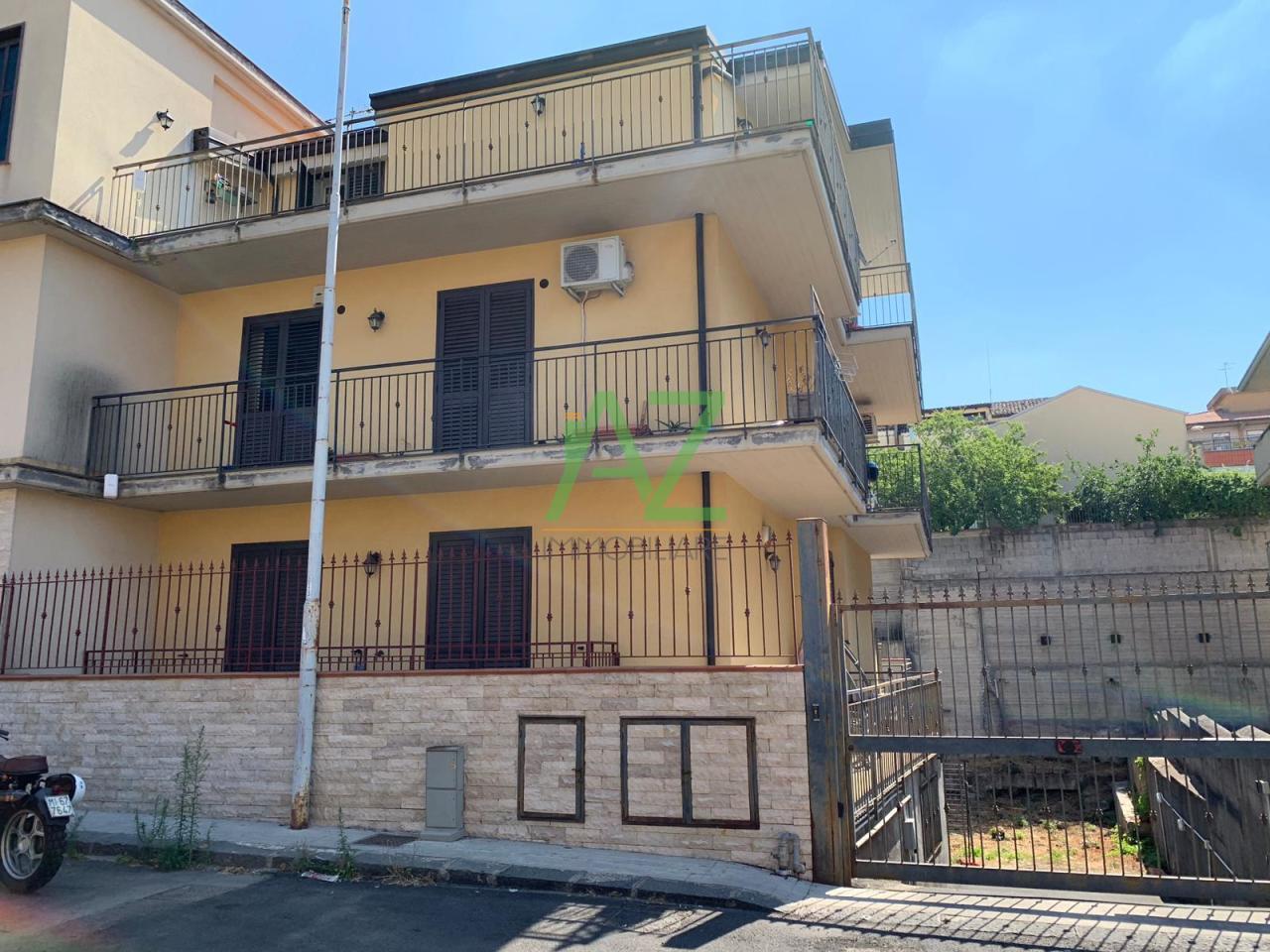 Appartamento - con Garage a Borrello, Belpasso