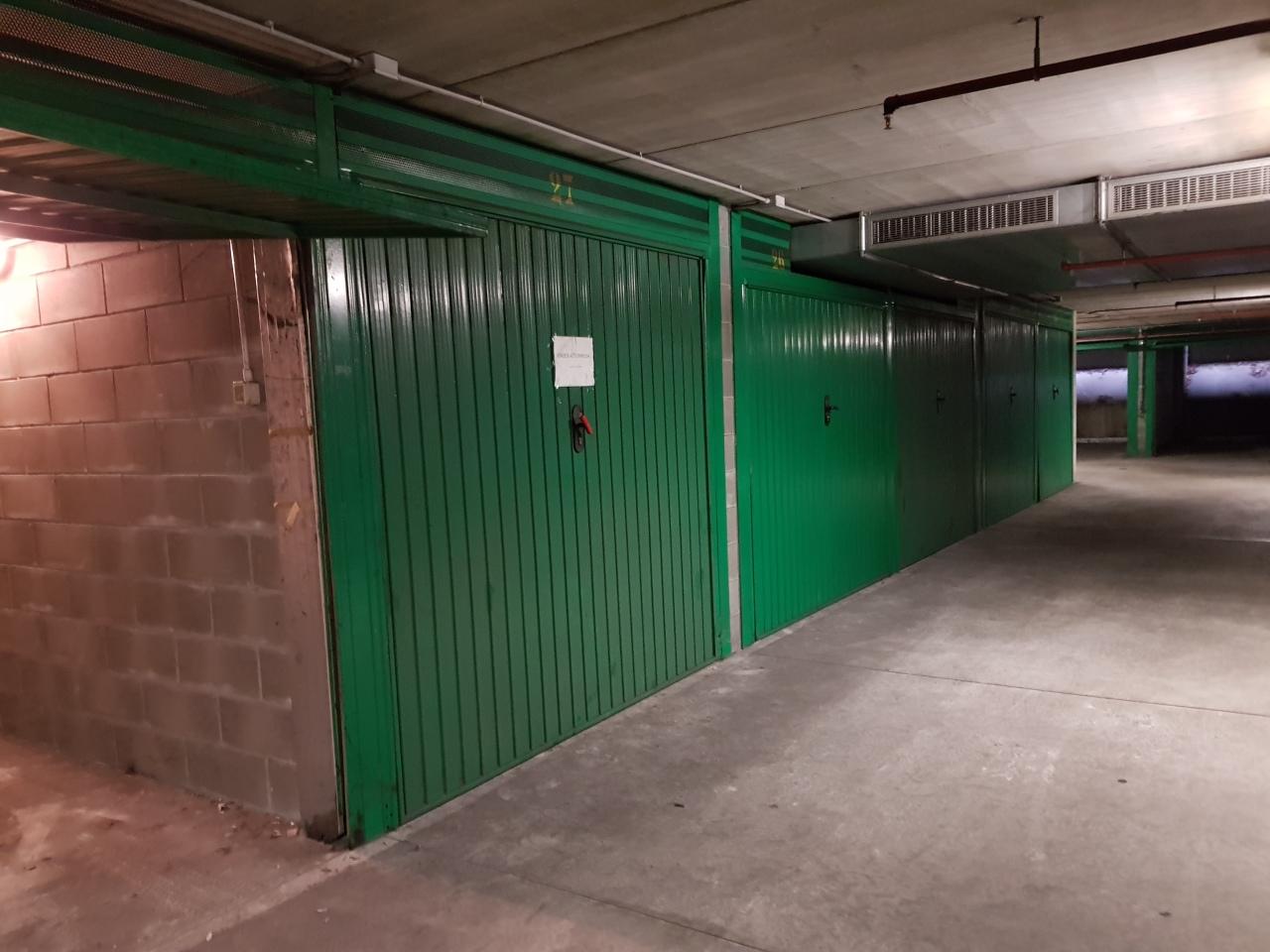Garage / Posto Auto - Singolo a Parma Centro, Parma