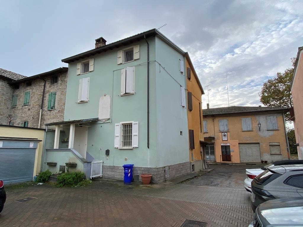 Casa Indipendente in ottime condizioni in vendita Rif. 11577410