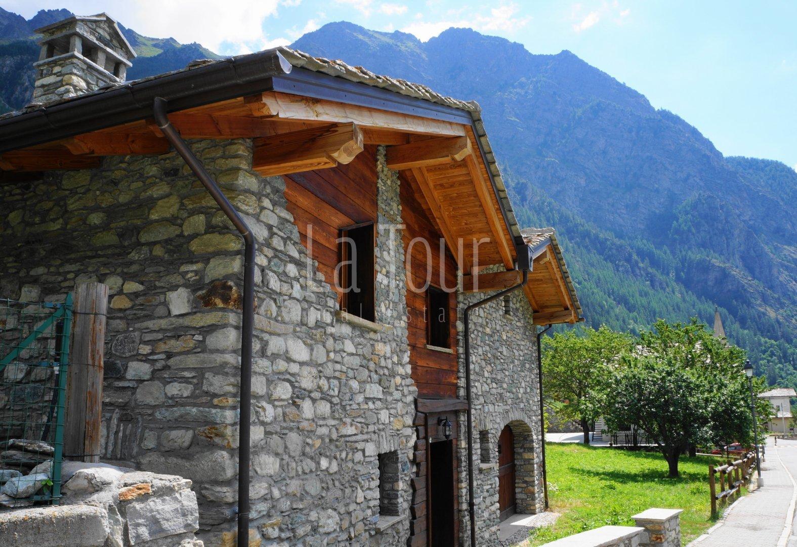 villetta rustica in vendita a Ollomont