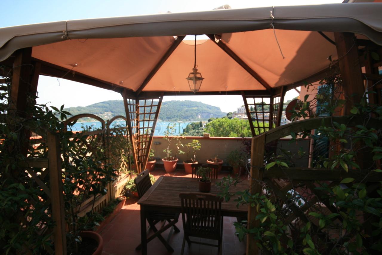 Appartamento in vendita a Portovenere, 5 locali, prezzo € 499.000 | PortaleAgenzieImmobiliari.it