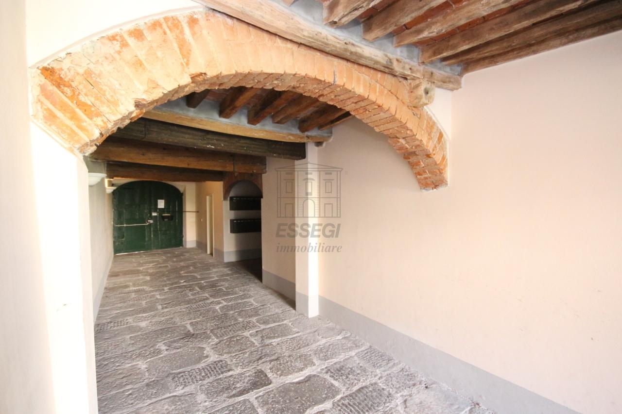 Appartamento Lucca Centro storico IA03213 img 20