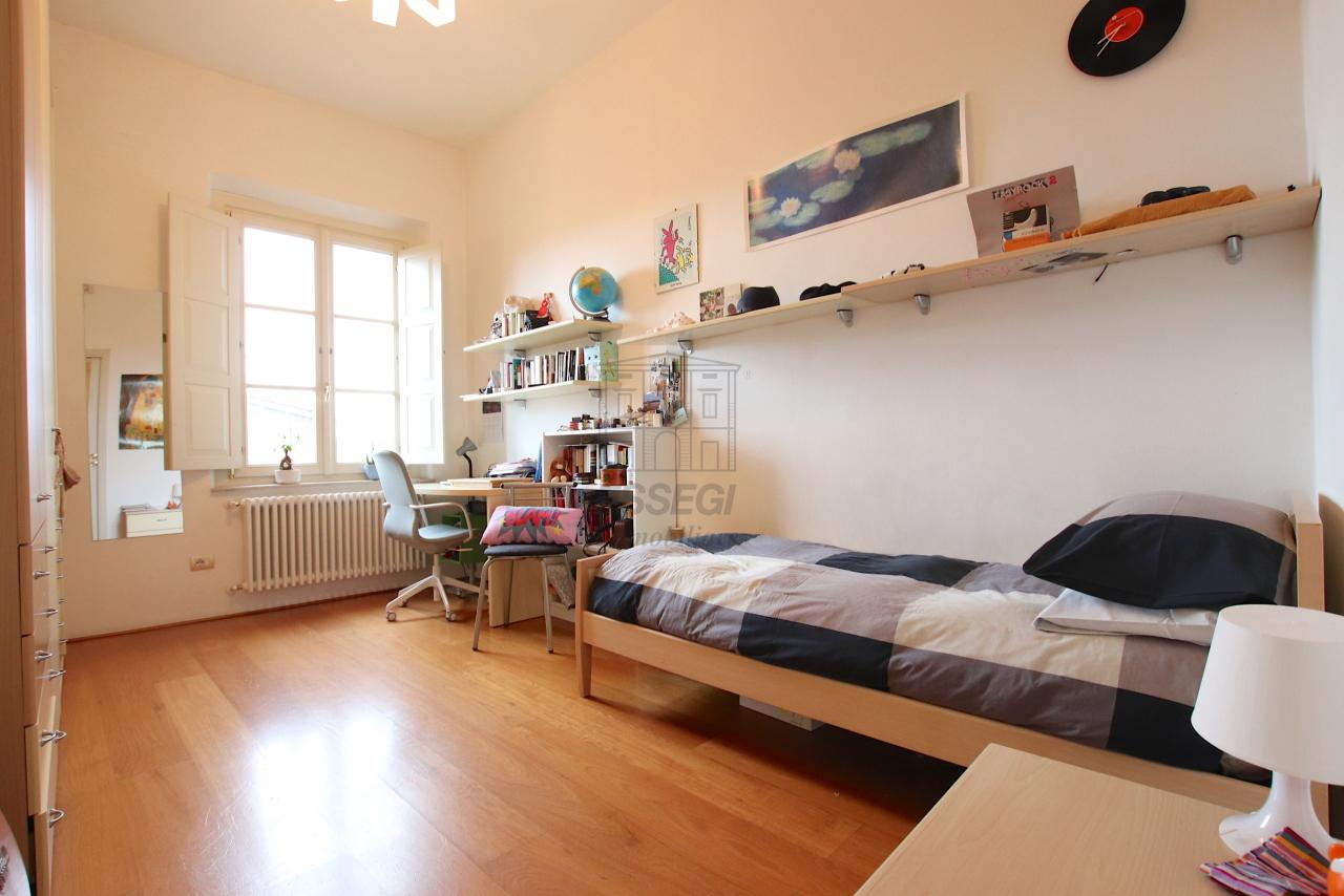 Appartamento Lucca Centro storico IA03474 img 19