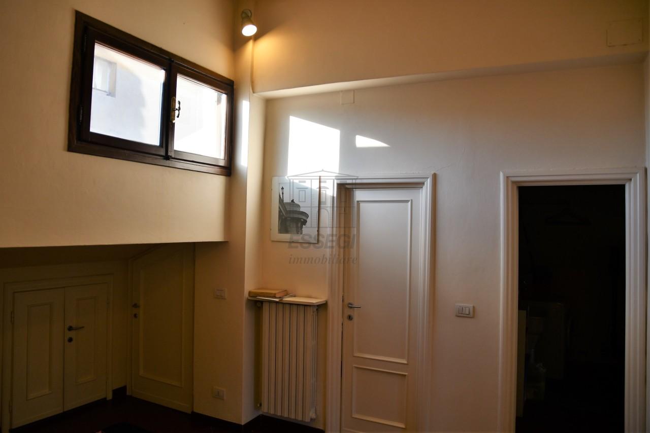 Appartamento Lucca Centro storico IA00193-bis img 11