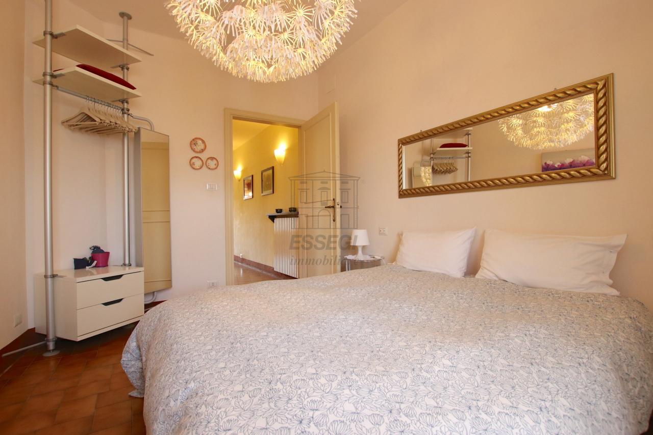 Appartamento Lucca Centro storico IA03538 img 12