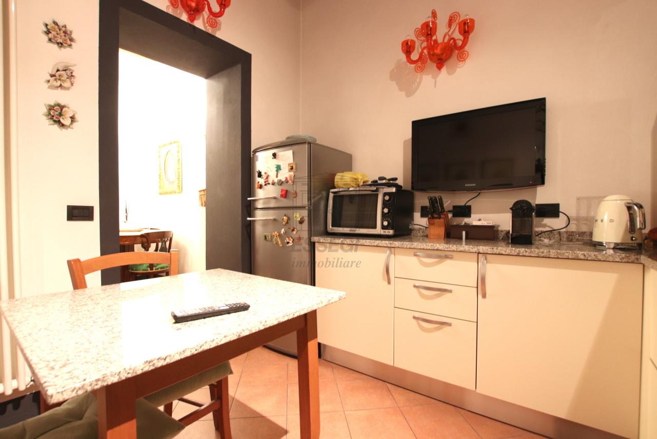 Appartamento Lucca Centro storico IA03524 img 9