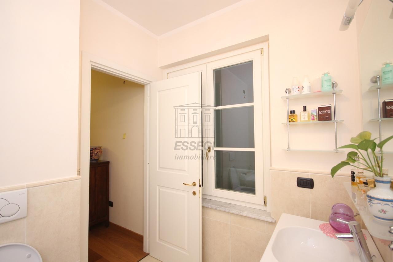 Appartamento Lucca Centro storico IA03259 img 21