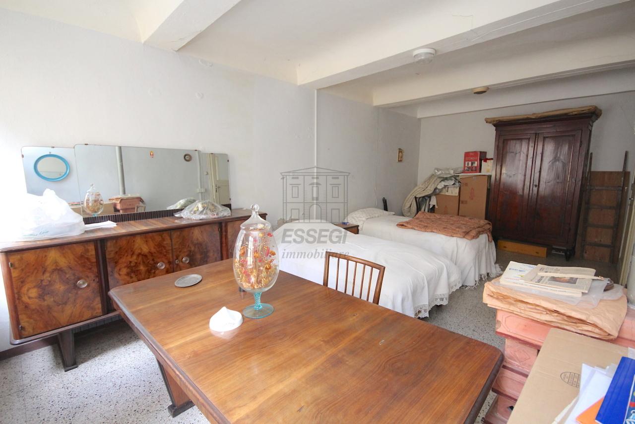 Appartamento Lucca Centro storico IA03446 img 22