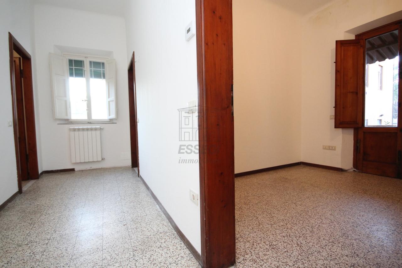 Appartamento Lucca Centro storico IA03397-bis img 15
