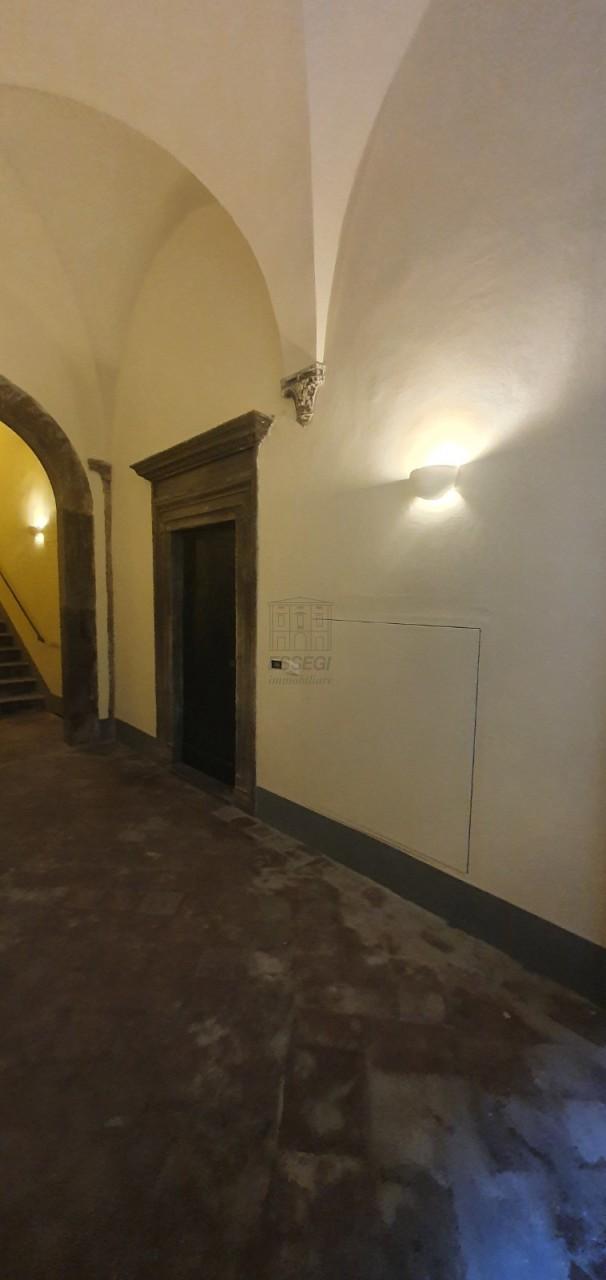 Appartamento Lucca Centro storico IA03467 img 14